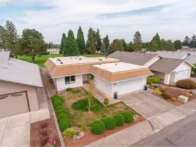 Salem Single Family Home For Sale: 2976 Twin Oak Pl NW