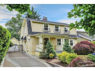 Portland Single Family Home For Sale: 4515 NE Alameda St