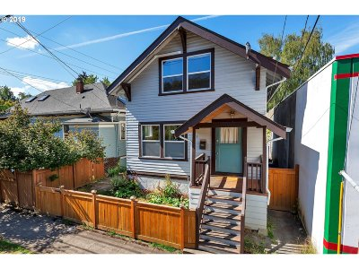 Portland Single Family Home For Sale: 921 SE 38th Ave