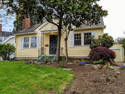 Portland Single Family Home For Sale: 3321 NE 38th Ave