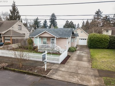 Portland Single Family Home For Sale: 1927 NE 63rd Ave