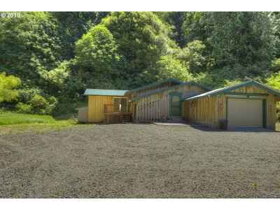 Coquille Single Family Home For Sale: 91661 Sylvania Lane