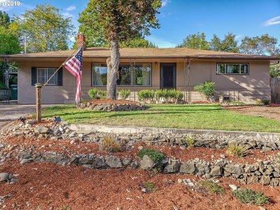 Roseburg OR Single Family Home For Sale: $235,000