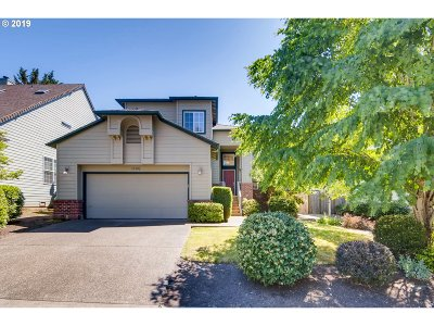 Portland Single Family Home For Sale: 15192 NW Decatur Way