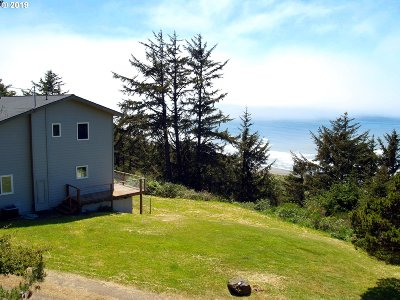 Gold Beach OR Single Family Home For Sale: $579,000