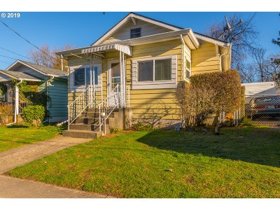 Portland Single Family Home For Sale: 9337 N Central St