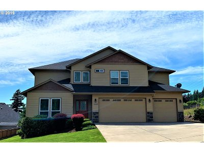 Washougal Single Family Home For Sale: 2469 37th St