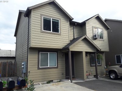 Multnomah County Multi Family Home For Sale: 19014 SE Yamhill St