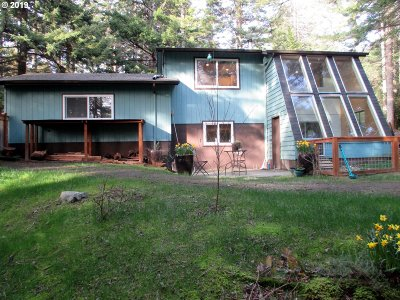 Bandon Single Family Home For Sale: 58499 Jackie Rd