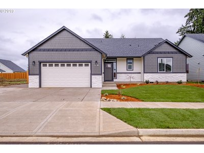Stayton Single Family Home For Sale: 2158 Deer Ave