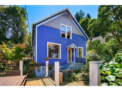 Oregon City, Beavercreek, Molalla, Mulino Single Family Home For Sale: 120 Jefferson St