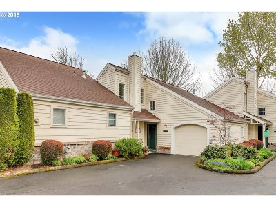 Tigard Condo/Townhouse For Sale: 13489 SW Summerwood Dr