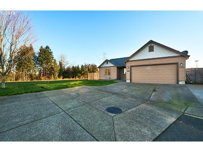 McMinnville Single Family Home For Sale: 3190 NE Lily Ln