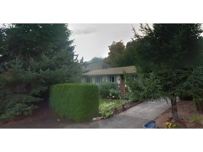 Scappoose Single Family Home For Sale: 52970 NW Rose St