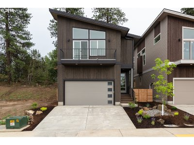 Bend Single Family Home For Sale: 1329 SW Boardwalk Ln