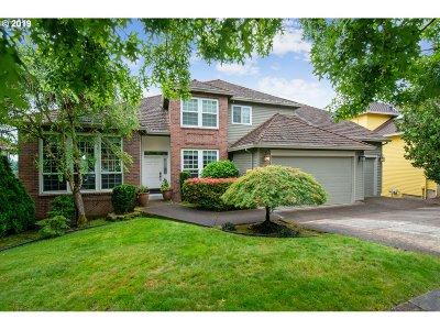 West Linn Single Family Home For Sale: 2120 Alpine Dr