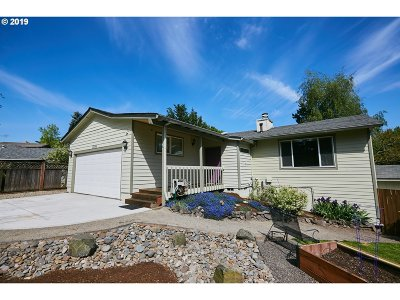 Tigard Single Family Home For Sale: 12165 SW 126th Ave