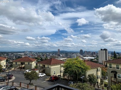 Portland Condo/Townhouse For Sale: 303 NW Uptown Ter #2B