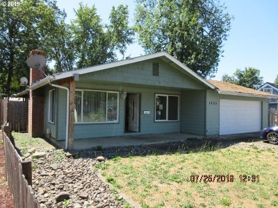 Cottage Grove Single Family Home For Sale: 1235 E Van Buren Ave