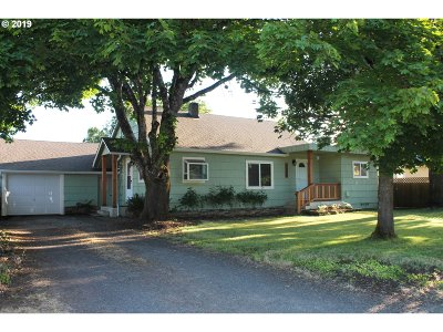 Springfield Single Family Home For Sale: 3550 Oregon Ave