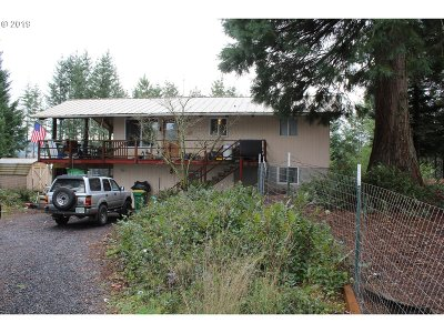 Scappoose Single Family Home For Sale: 57883 Grandmas Ln