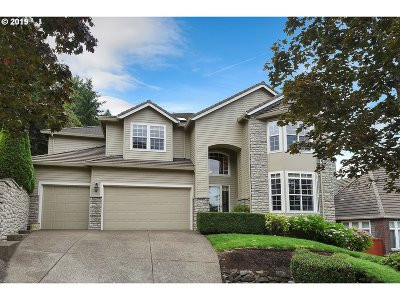 Lake Oswego Single Family Home For Sale: 17613 SW Woodhurst Pl