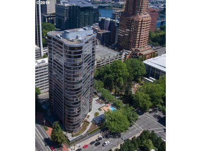 Condo/Townhouse For Sale: 1500 SW 5th Ave #2406