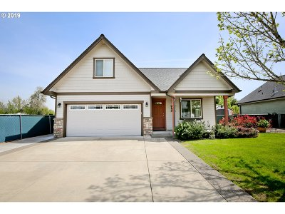 Springfield Single Family Home For Sale: 1017 53rd Pl