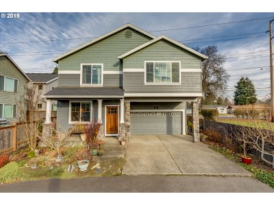 Multnomah County, Washington County, Clackamas County Single Family Home For Sale: 184 SE 30th Ave