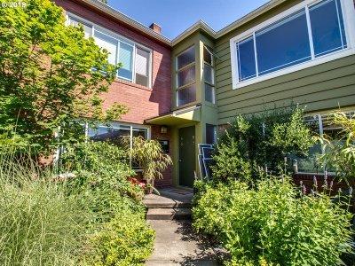 Condo/Townhouse For Sale: 1800 NE 17th Ave #5