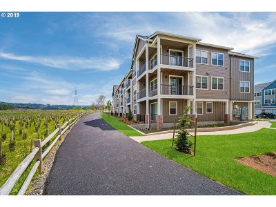 Condo/Townhouse For Sale: 16401 NW Chadwick Way #304