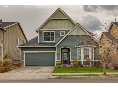 Troutdale Single Family Home For Sale: 1681 SW Fox Ave
