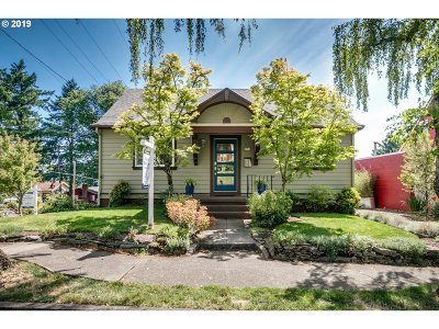 Single Family Home For Sale: 504 SE 70th Ave