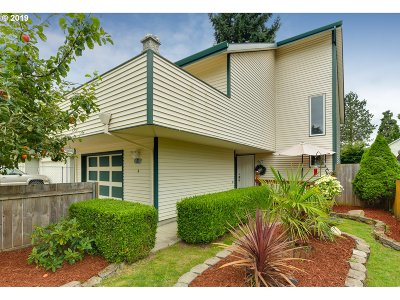 Happy Valley Single Family Home For Sale: 8540 SE Clatsop St