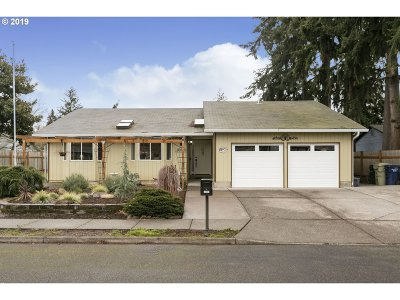 Beaverton, Aloha Single Family Home For Sale: 20660 SW Wyngate St