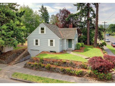 Single Family Home For Sale: 6840 N Portsmouth Ave