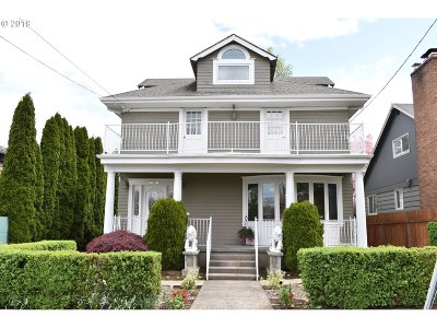 Portland Single Family Home For Sale: 2808 SE 67th Ave