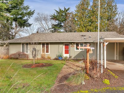 Portland Single Family Home For Sale: 16309 SE Franklin St