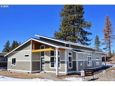 Bend Single Family Home For Sale: 20292 Hardy Rd