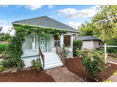 Single Family Home For Sale: 8520 N Charleston Ave