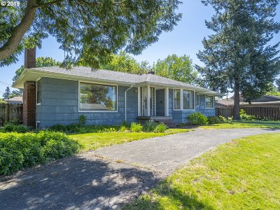 Single Family Home For Sale: 6908 SE 42nd Ave