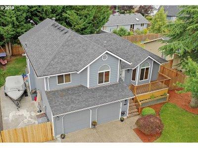 Hillsboro Single Family Home For Sale: 3256 NE Kaster Dr