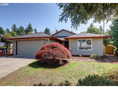 Portland Single Family Home For Sale: 1505 NE 148th Pl