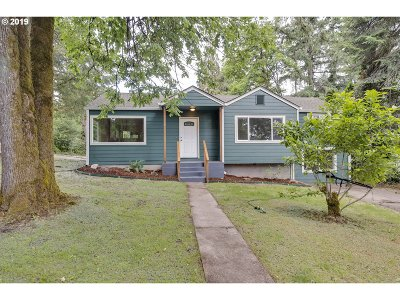 West Linn Single Family Home For Sale: 2729 Marylhurst Dr