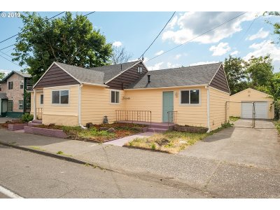 Portland Single Family Home For Sale: 3007 SE 122nd Ave