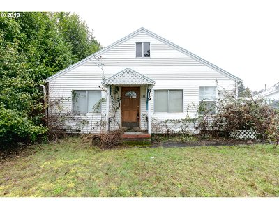 Hillsboro Single Family Home For Sale: 819 W Main St