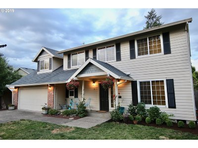 Canby Single Family Home Bumpable Buyer: 1375 SE 9th Ave