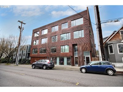 Condo/Townhouse For Sale: 2538 NW Thurman St