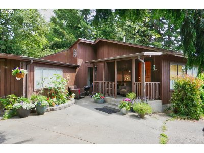 Brookings Single Family Home For Sale: 97916 Payne Rd