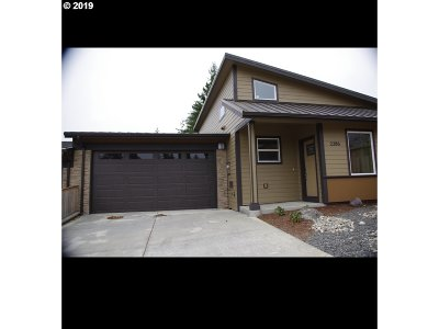 Coos Bay Single Family Home For Sale: 2286 Brooklyn Ln